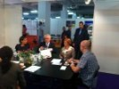 Na HUPED-ovom izložbenom prostoru sastali su se na kavi i razgovoru predsjednik RH prof.dr.sc. Ivo Josipović sa svojom delegacijom, direktorica Zagrebačkog Velesajma Mirela Bartolec sa svojom ekipom i predsjednik HUPED-a Vedran Korunić.